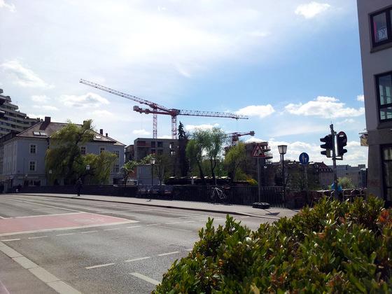 Neu Ulm Jahnufer Wohnen am Jahnufer  Alte Produktionsgelände der Firma Lebkuchen Weiss und die Flussmeisterei April 2014