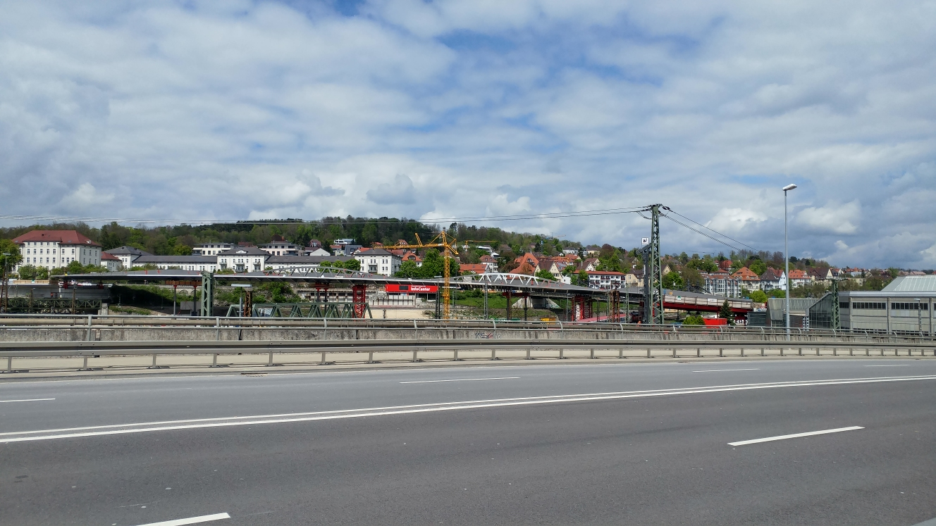 Neubau Straßenbahnbrücke Linie 2