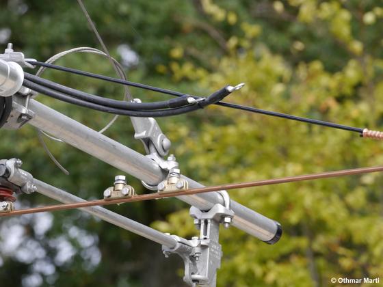 Stromeinspeisung der kompensierten Fahrleitung vor der Uni Süd