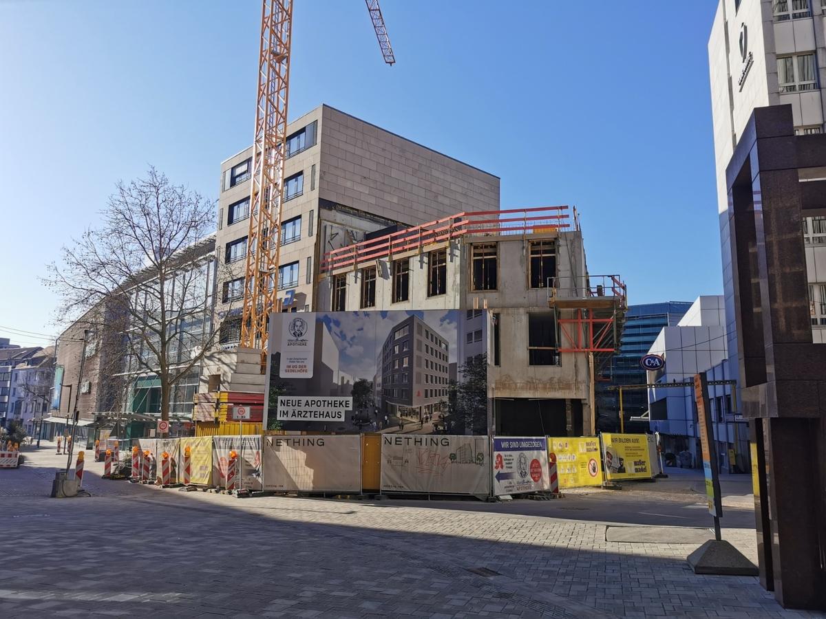 Ulm, Neubau Apotheke, Hirschstraße, April 2021