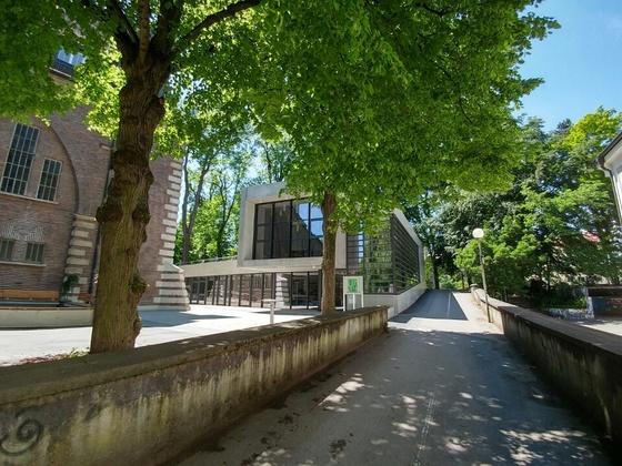 Gemeindehaus für die Reformgemeinde