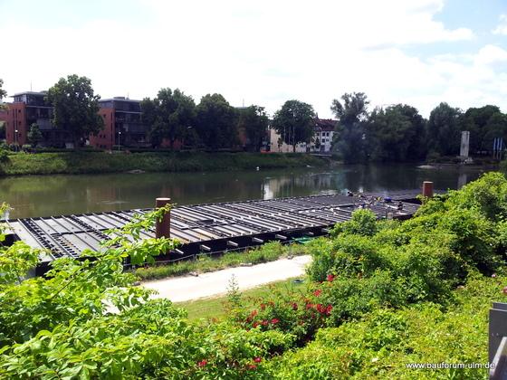 Ulm Restaurantschiff an der Donau Juli 2013 (2)