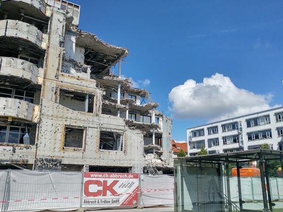 Abriss Sparkasse Dichterviertel