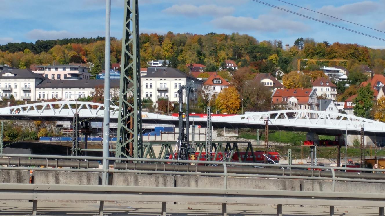 Linie 2 Oktober 2017