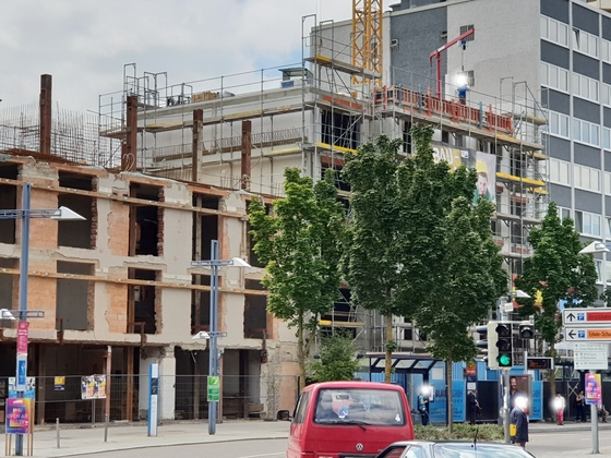 Wohn und Geschäftshaus am Petrusplatz | Marienstraße Juli 2018