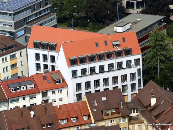 Ulm Keltergasse 1  Ärztehaus mit Apotheke August 2013 (1)