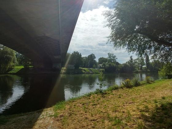 Blick von Ulm über die Donau  auf den künftigen Orange Campus