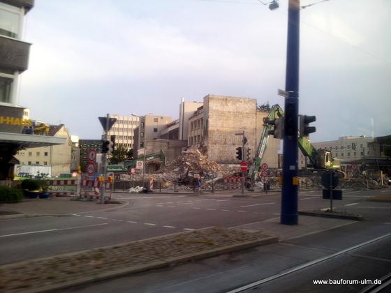 Ulm Wohn- und Einkaufsquartier Sedelhöfe  Abriss der Bestandsbebauung August 2013 (1)