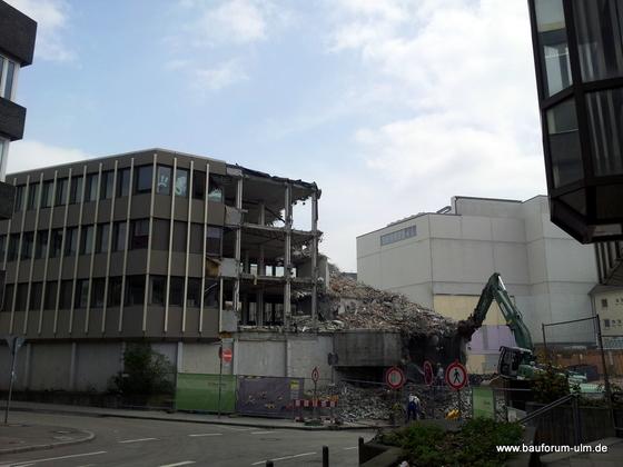 Ulm Wohn- und Einkaufsquartier Sedelhöfe  Abriss der Bestandsbebauung Mai 2013 (1)