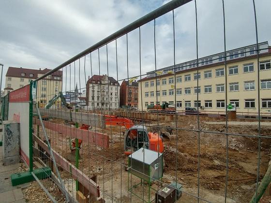Das Y Februar 2017 Aushub der Baugrube